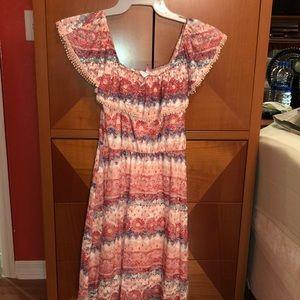 This is mini lace dress ,super cut and elegant.